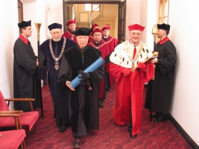 Peter Brook doktorem honoris causa UAM
